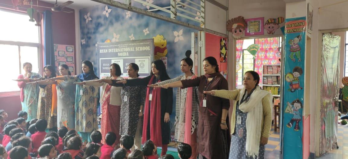 Ryan International School Teachers Taking Pledge
